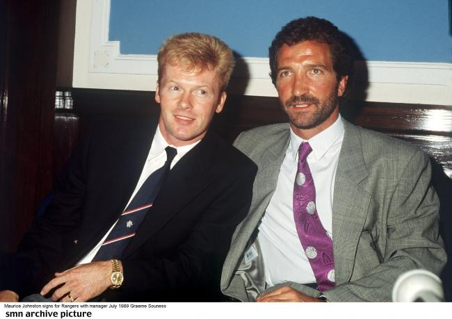 Maurice Johnston signs for Rangers with manager Graeme Souness