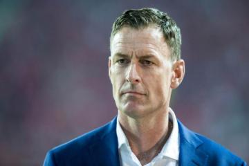 Celtic legend Chris Sutton urges Rangers to do 'sporting thing' and congratulate Hoops on nine in a row
