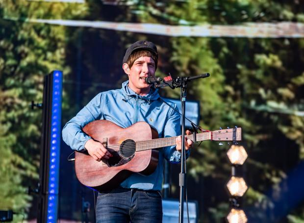 Singer Gerry Cinnamon tells fans 'protect yourself' as he cancels US dates