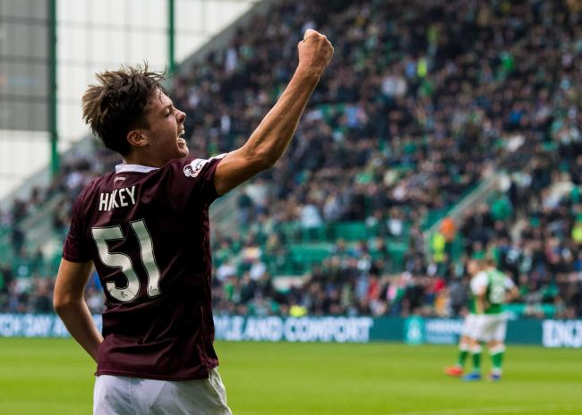 Hearts' Aaron Hickey is set to join Bayern Munich, according to German newspaper Bild