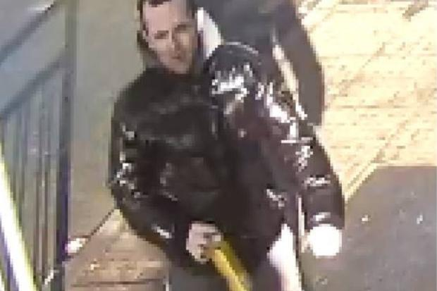 Police release CCTV image after man, 29, is seriously assaulted in Maryhill