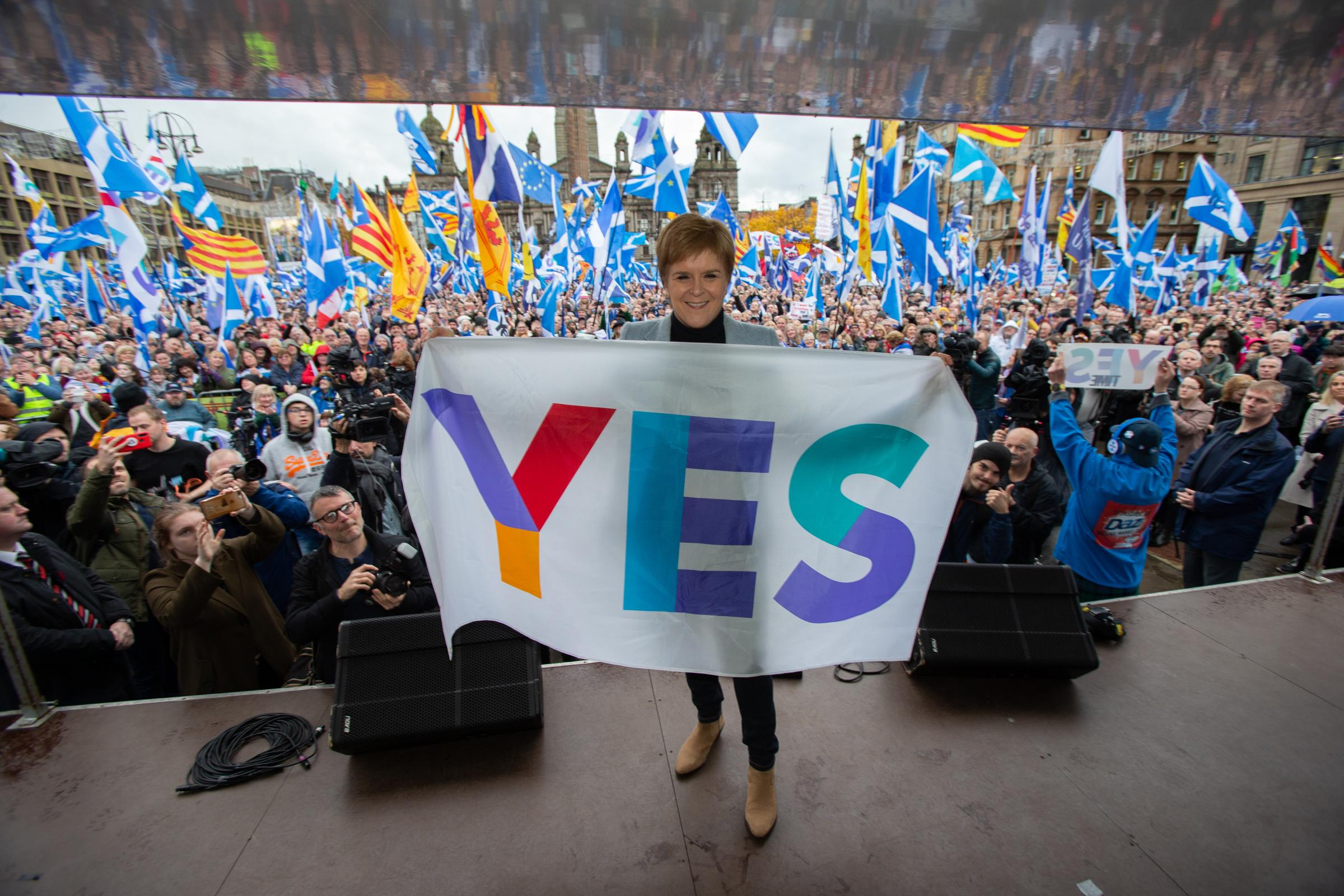 Nicola Sturgeon tells Glasgow crowds Scotland's future 'must be in our own hands'
