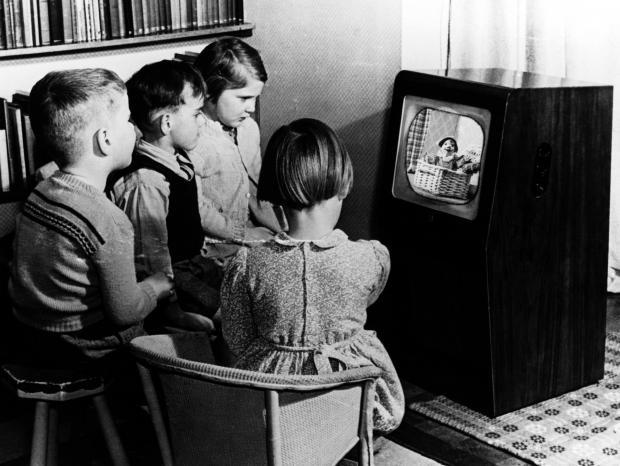 Glasgow named Scotland's capital of black and white television as report reveals over a hundred sets still in use