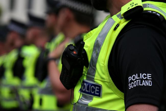 Emergency search launched after 'unindentified item' seen in River Clyde