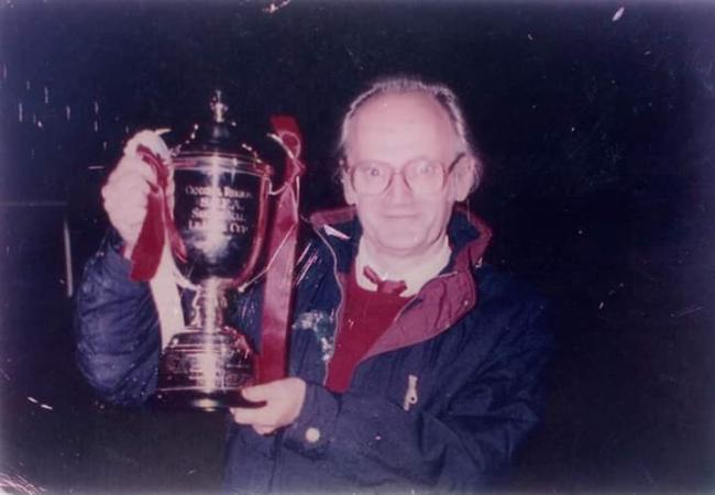 Tributes to Neilston Juniors fan hailed as 'something of a legend'