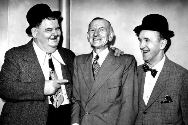Comedy duo Laurel and Hardy bump into old friend Jack Graham at the Empire theatre in  Glasgow. They had known  Jack when he was a member of the Dixie Minstrels