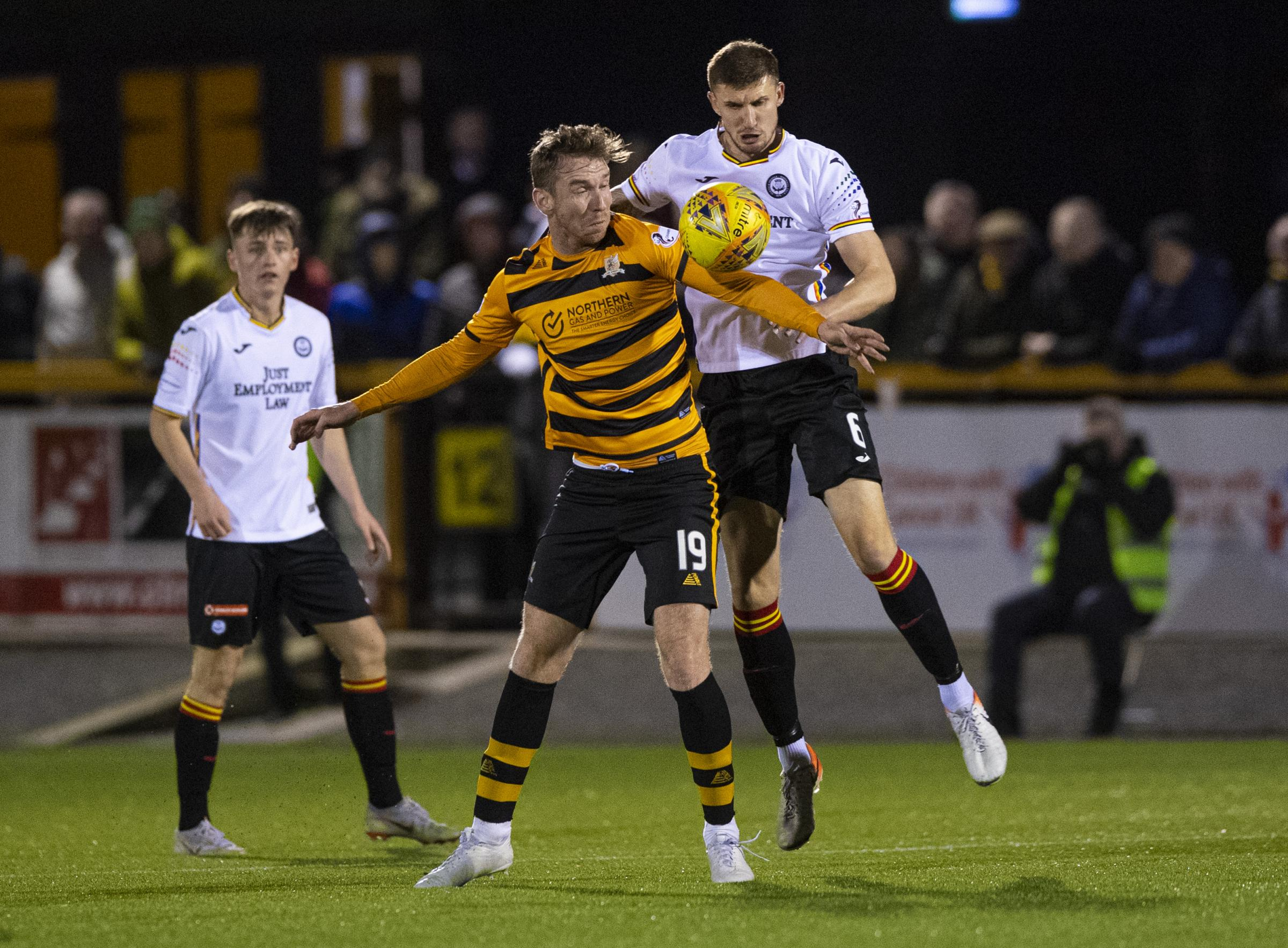 Greenock Morton sign Sean McGinty from Partick Thistle