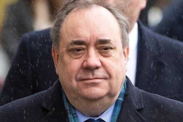 Witness didn't see Salmond accuser at dinner
