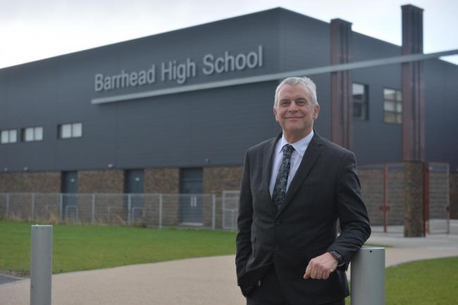 Barrhead High's headteacher retires from his post