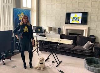 Online choir raises thousands from living room in lockdown