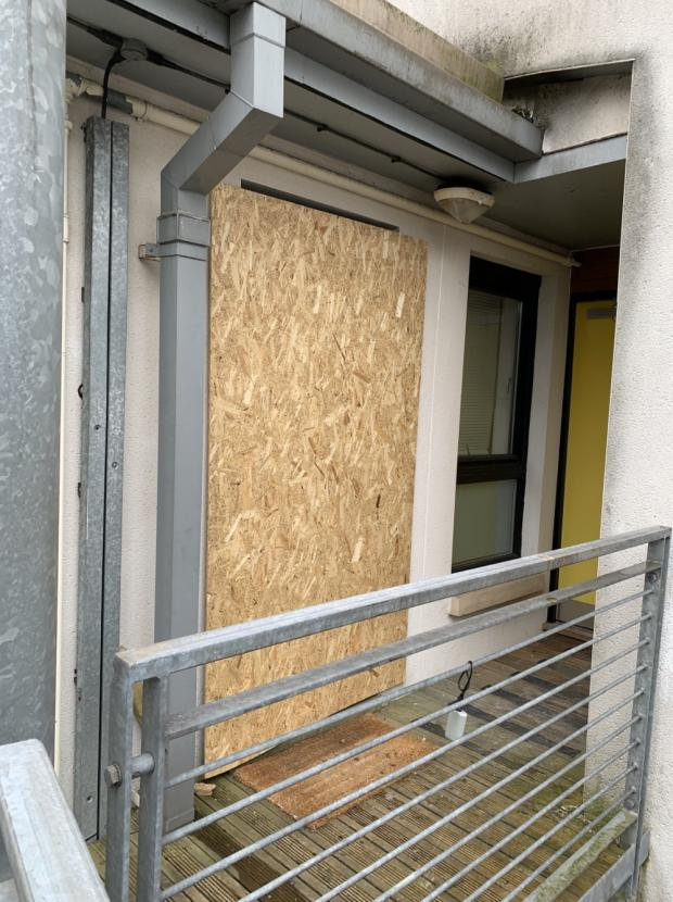 Glasgow Times: The boarded up door on Cresswell Street (Marina Lynch)