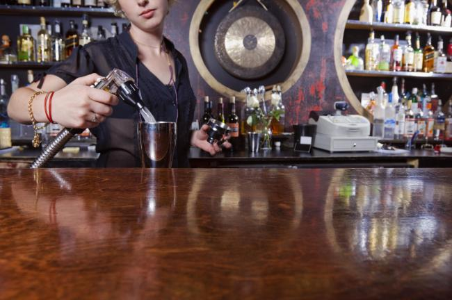 Nicola Sturgeon gives indicative dates for pubs and hairdressers to re-open