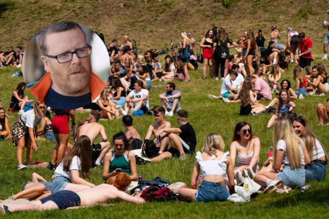 Frankie Boyle joins uproar after Kelvingrove Park gates closed to curb boozing
