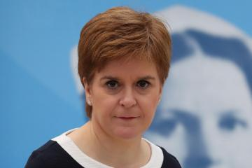 Nicola Sturgeon says Celtic and Aberdeen should not expect to play this week