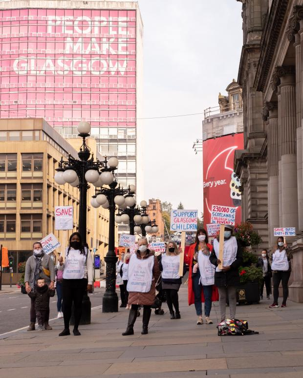 Glasgow Times: All the protesters outside the city chambers. Photos by Seona Misumi