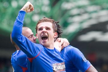 Former Rangers midfielder Barry Ferguson leaps to defence of Celtic winger