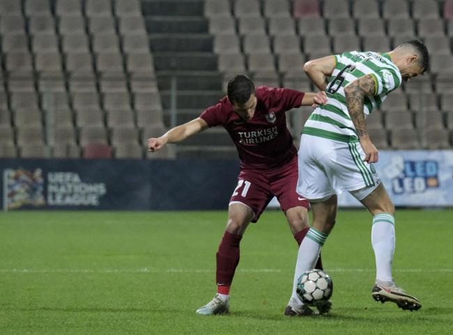 Nir Bitton was forced out of Celtic's match against Sarajevo after being caught late in this tackle.
