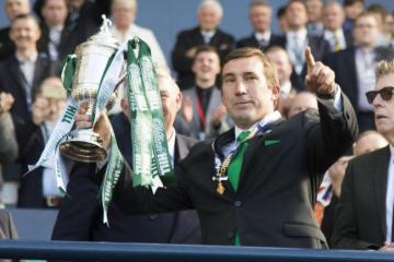 Alan Stubbs challenges Celtic to show unity and roar back to challenge high-flying Rangers