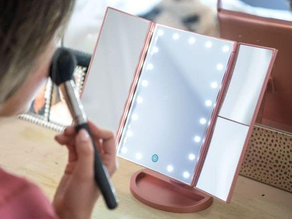 Glasgow Times: Best gifts for women: Lighted makeup mirror Credit: REVIEWED / JACKSON RUCKAR