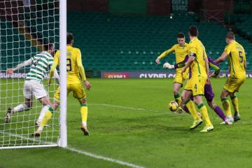 Celtic 1 Hibernian 1: Last minute Hibs leveller puts tin lid on nightmare 24 hours for embattled champions