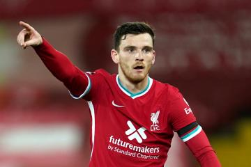 Celtic-daft Andy Robertson makes Rangers title claim and addresses 'difficult' Steven Gerrard situation