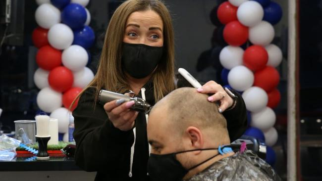 No Covid-19 deaths for third day as barbers re-open in Scotland lockdown easing