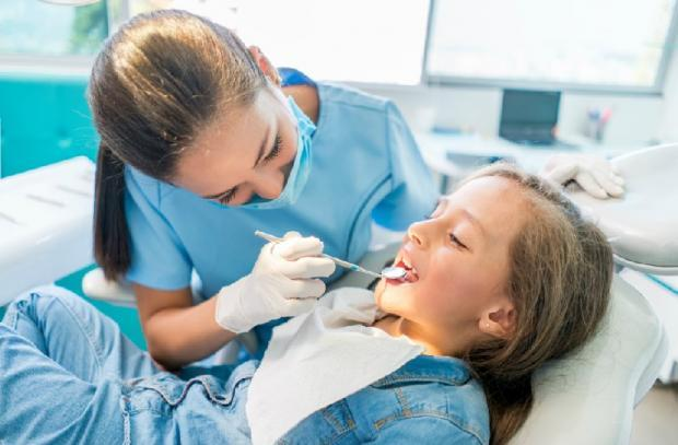 Dentists warn of years of delay as thousands of children are on Scots waiting lists for tooth extraction