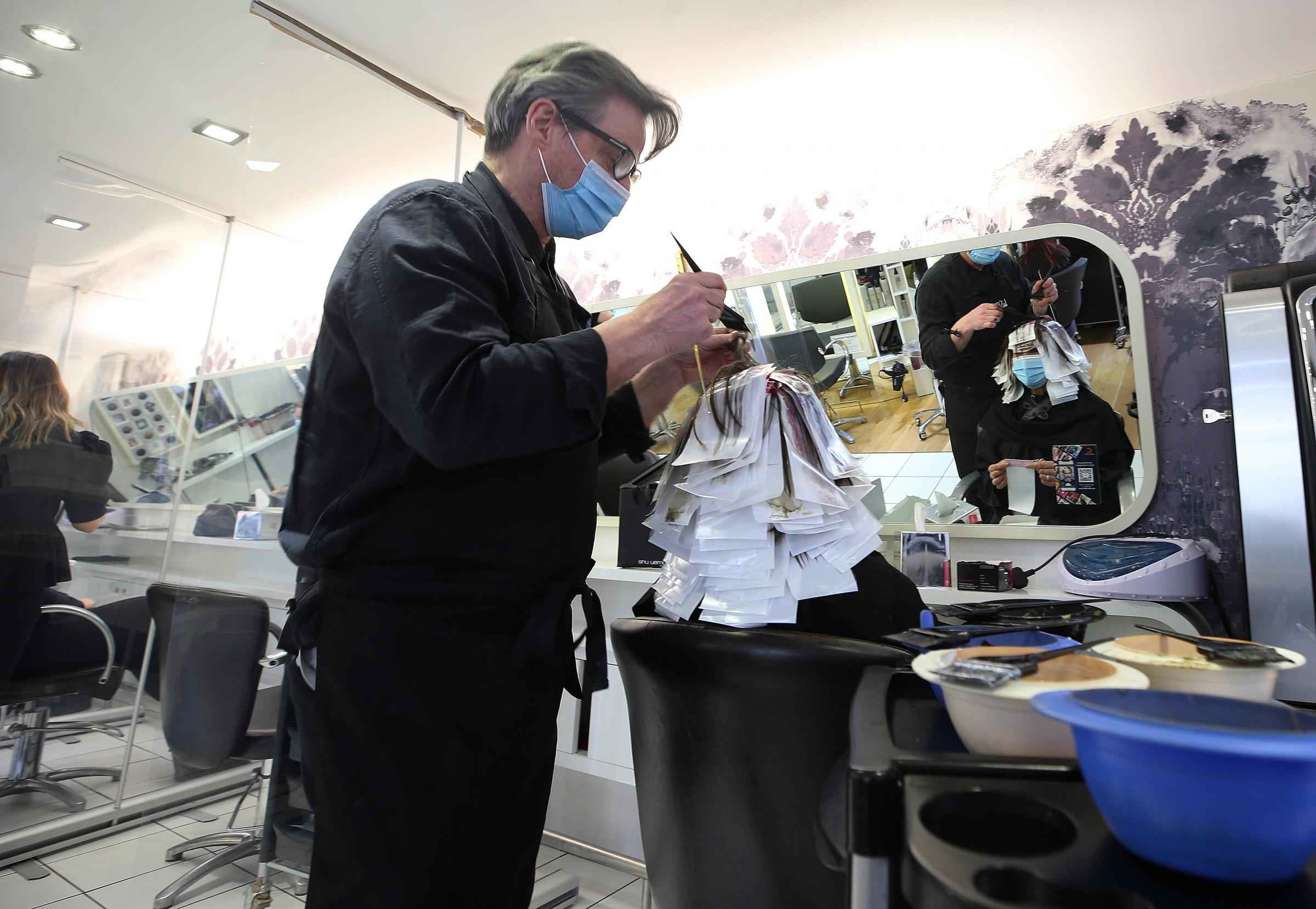 Glasgow hairdressers praised for coronavirus safety measures after reopening