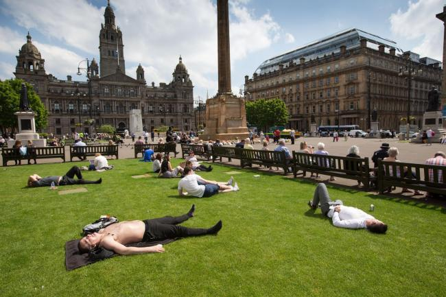 Glasgow to be hotter than Barcelona this weekend as mini taps aff heatwave to hit city