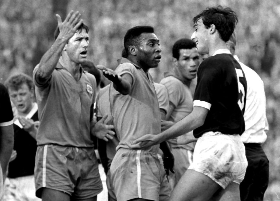 The day Rangers legend Ronnie Mackinnon met Pele