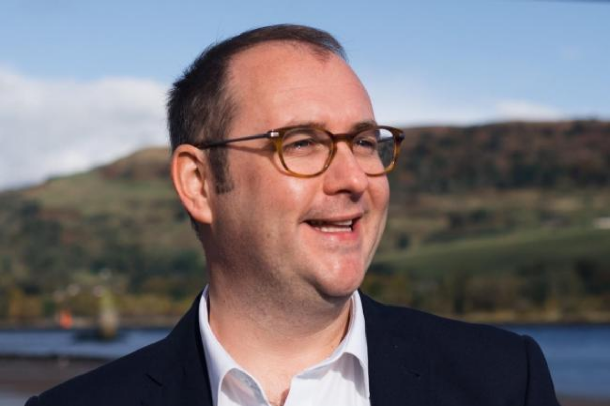 East Renfrewshire Council deputy leader Paul O'Kane quits role after being elected as an MSP