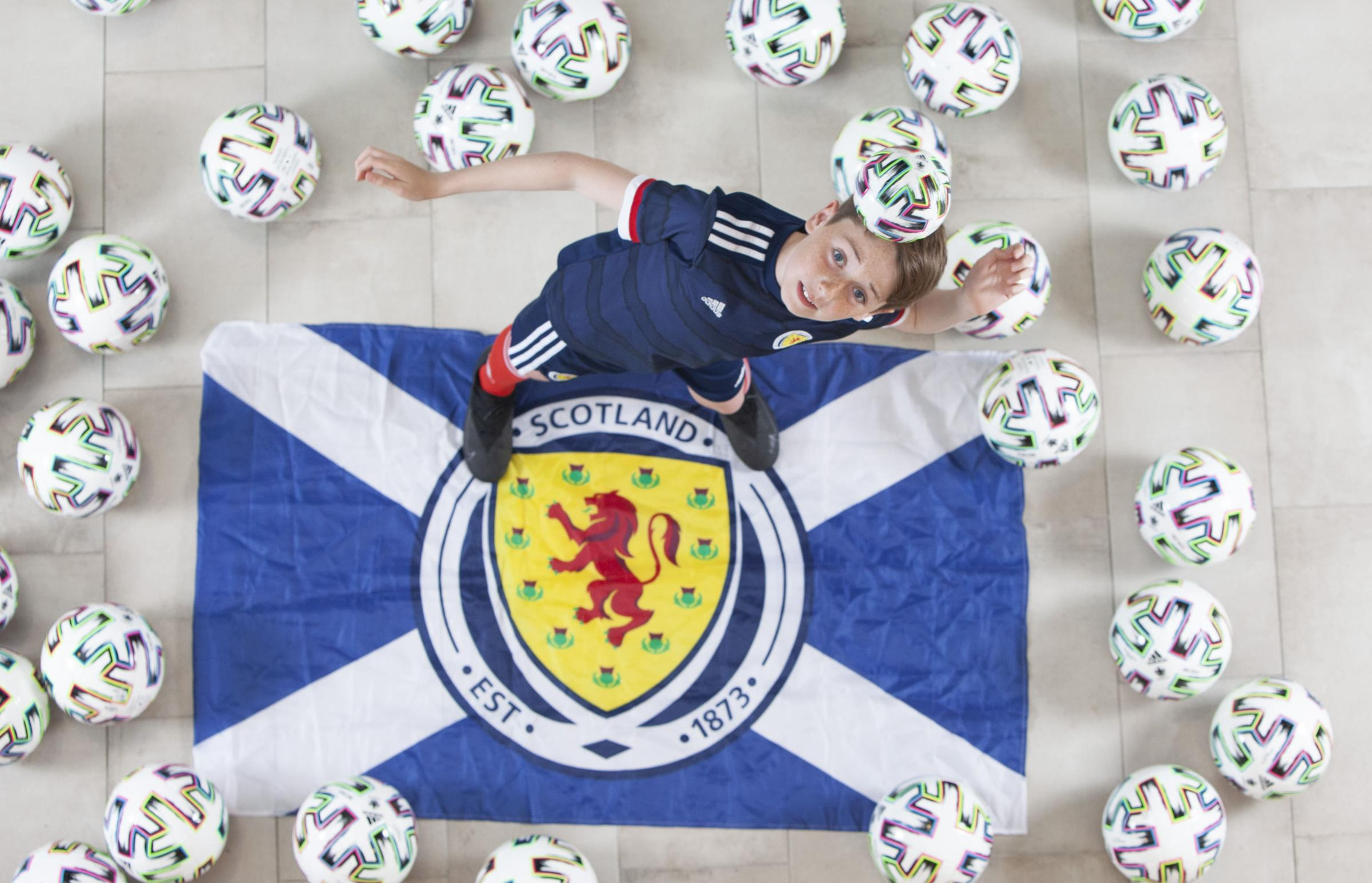 Glasgow St Enoch to give away footballs or goalie gloves depending on Scotland v Czech Republic result