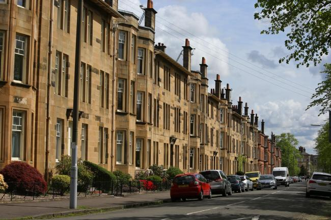 You will pay this much more for your property if you live near transport links in Glasgow