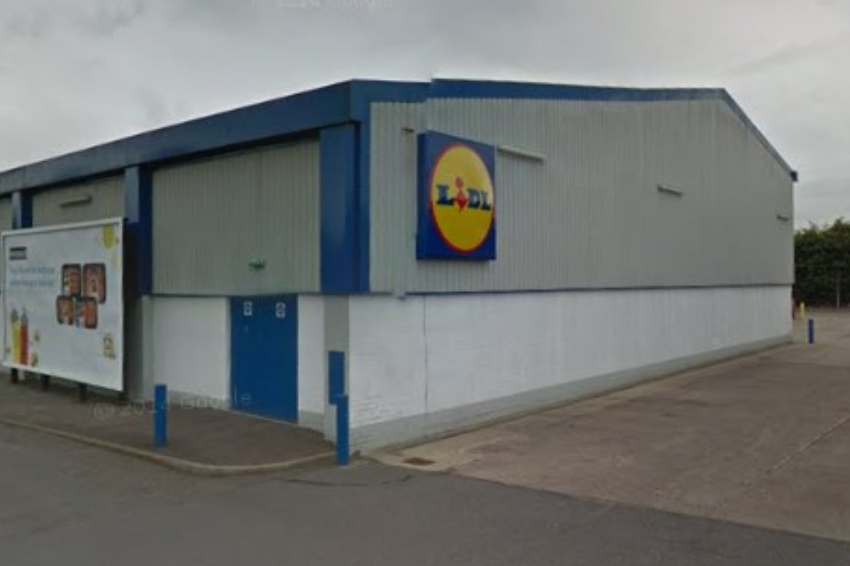 Livingstone Street: Fire services responds to tire fire outside Lidl