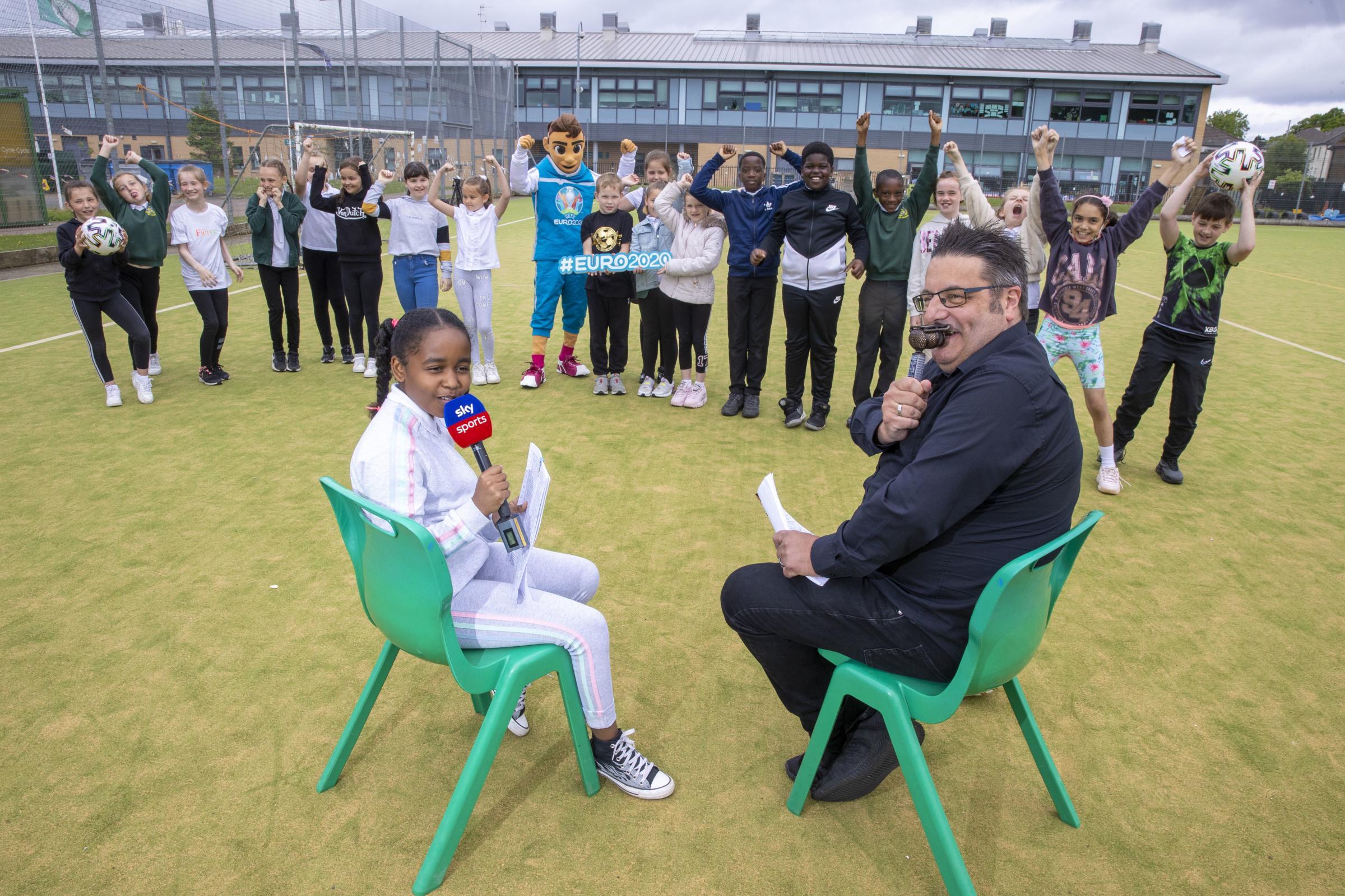 Scotland Euro 2020: School pupils get visit from Sky Sports star Ian Crocker