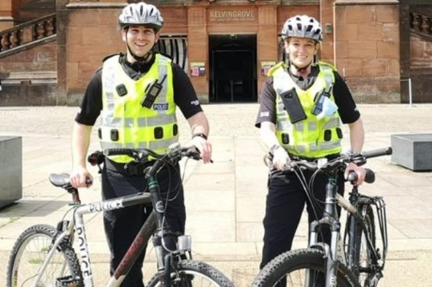 Glasgow cops target motorists who overtake cyclists via close pass