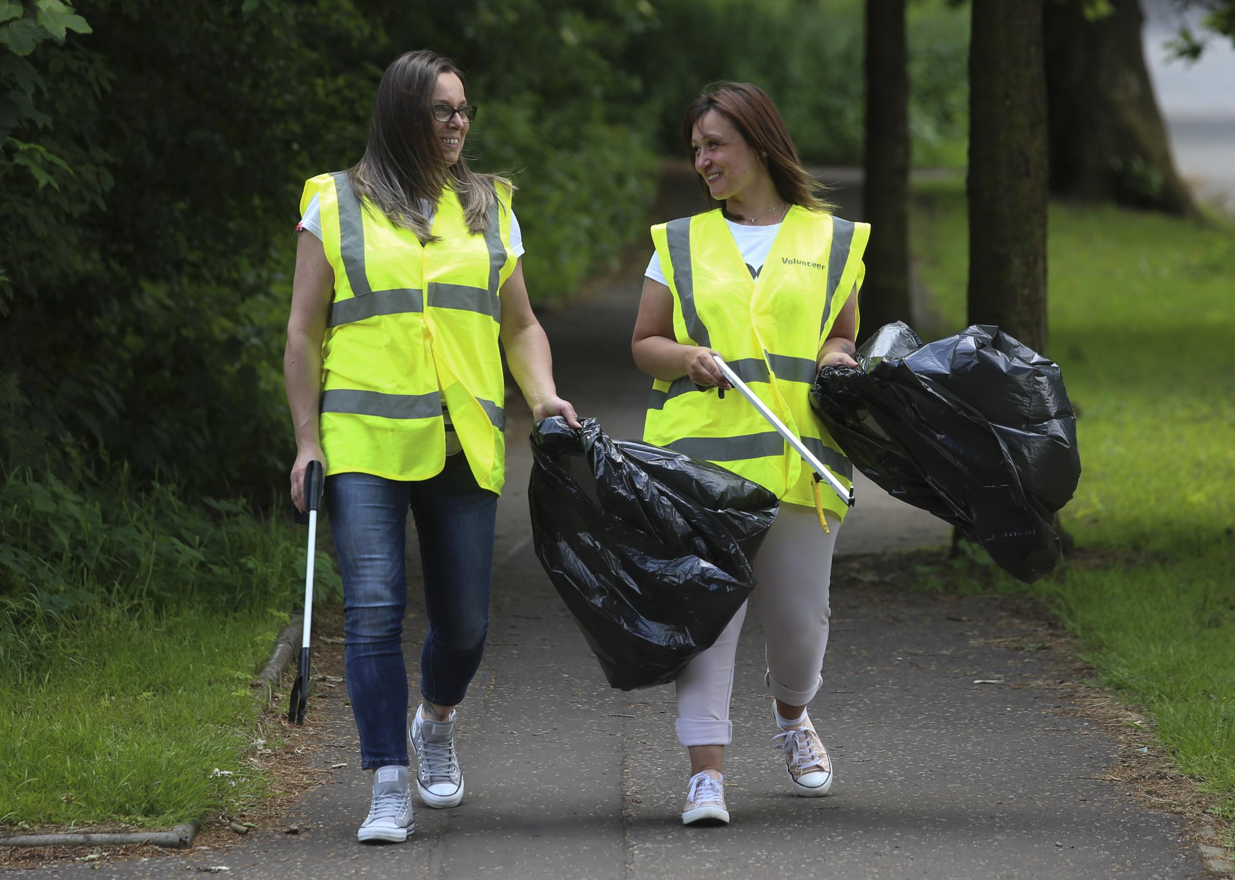 Glasgow woman wins city green award for cleaning up Castlemilk