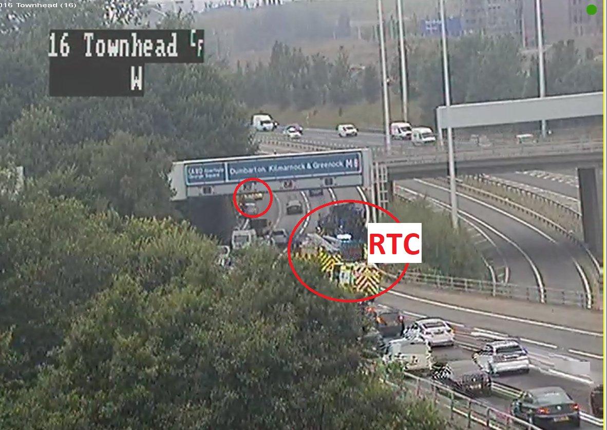 M8: Crash on Glasgow motorway results in three-lane closure