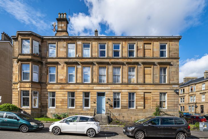 Look inside this gorgeous tenement flat for sale in Glasgow's Southside