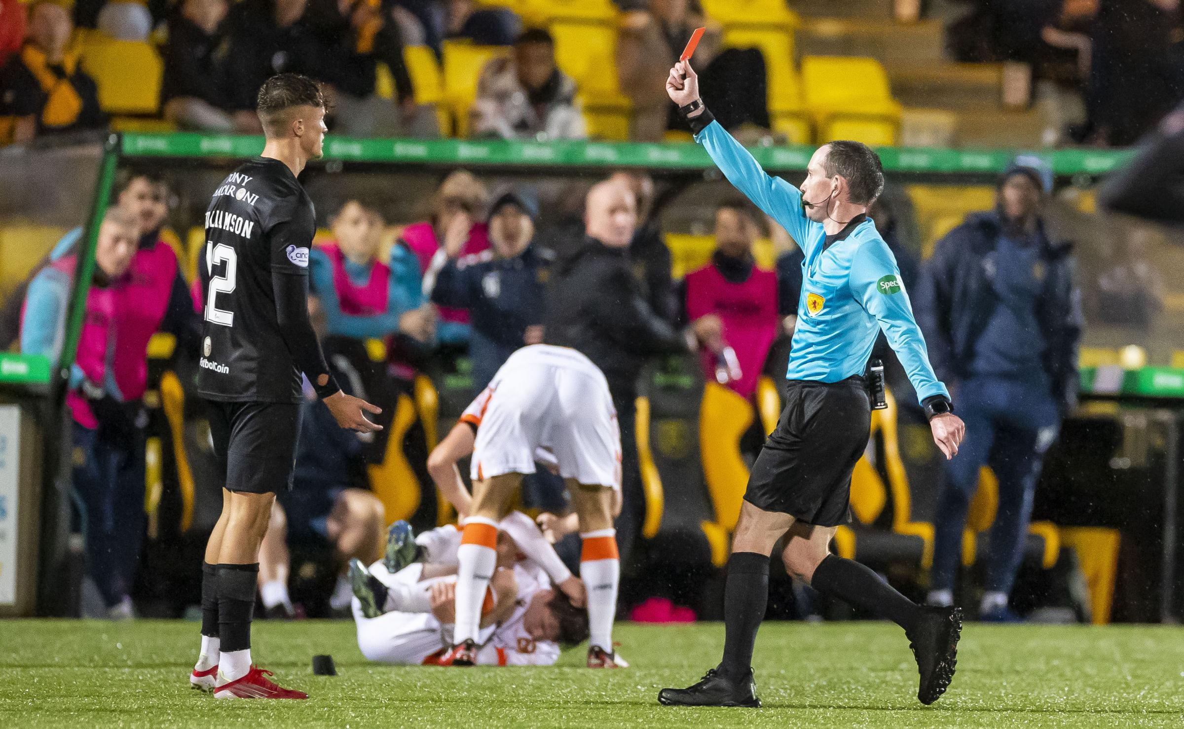 Martindale and Williamson see red as Livi hold on for point against Dundee United