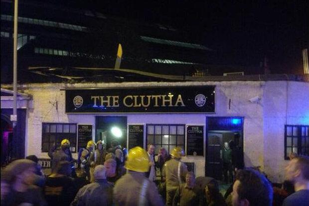 Police helicopter crashes into Clutha Vaults pub, causing roof collapse