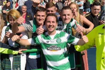 Martin Compston amongst celebs congratulating Celtic over league win