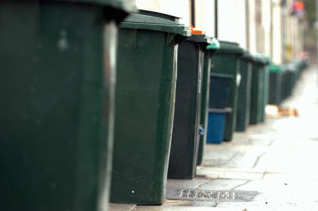 'Smart' bins which tell council when they are full to be piloted in Glasgow