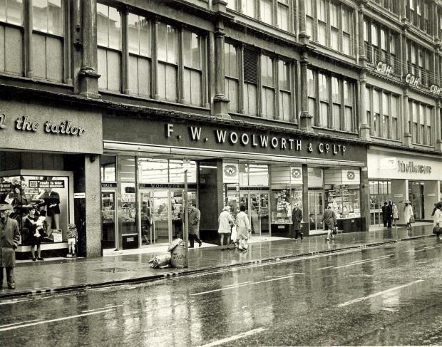 In pictures: Take a trip down Glasgow's retail memory lane to Arnotts,  Pettigrew & Stephens and Goldbergs   Glasgow Times