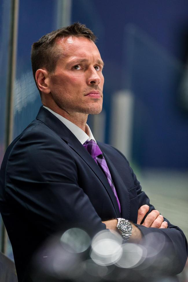 Braehead Clan defeat Löwen Frankfurt 5-4 in their home opener on  26 August , Picture: Al Goold (www.algooldphoto.com)