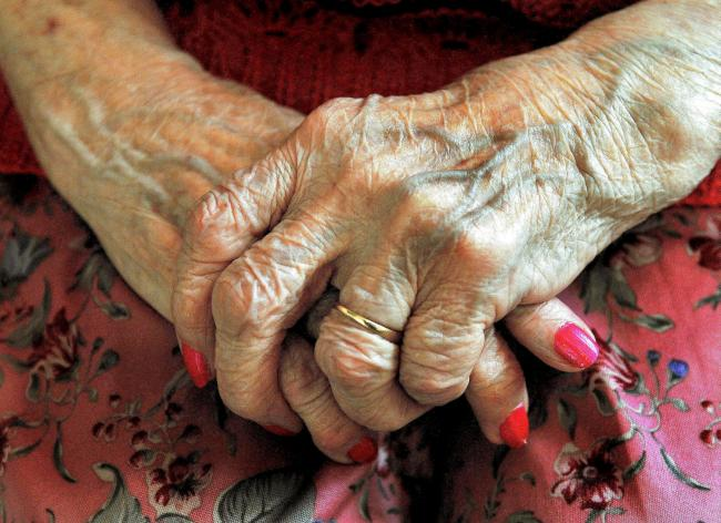 Glasgow woman, 94, rescued by charity after 'not eating for five days' during lockdown