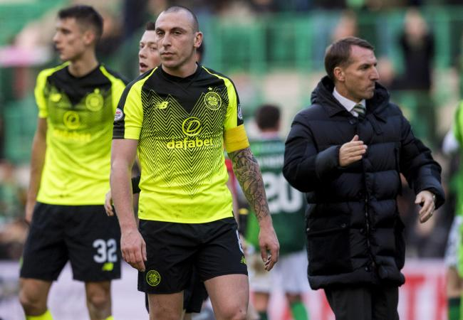 16/12/18 LADBROKES PREMIERSHIP.HIBERNIAN v CELTIC.EASTER ROAD - EDINBURGH.Celtic manager Brendan Rodgers (right) with Scott Brown.