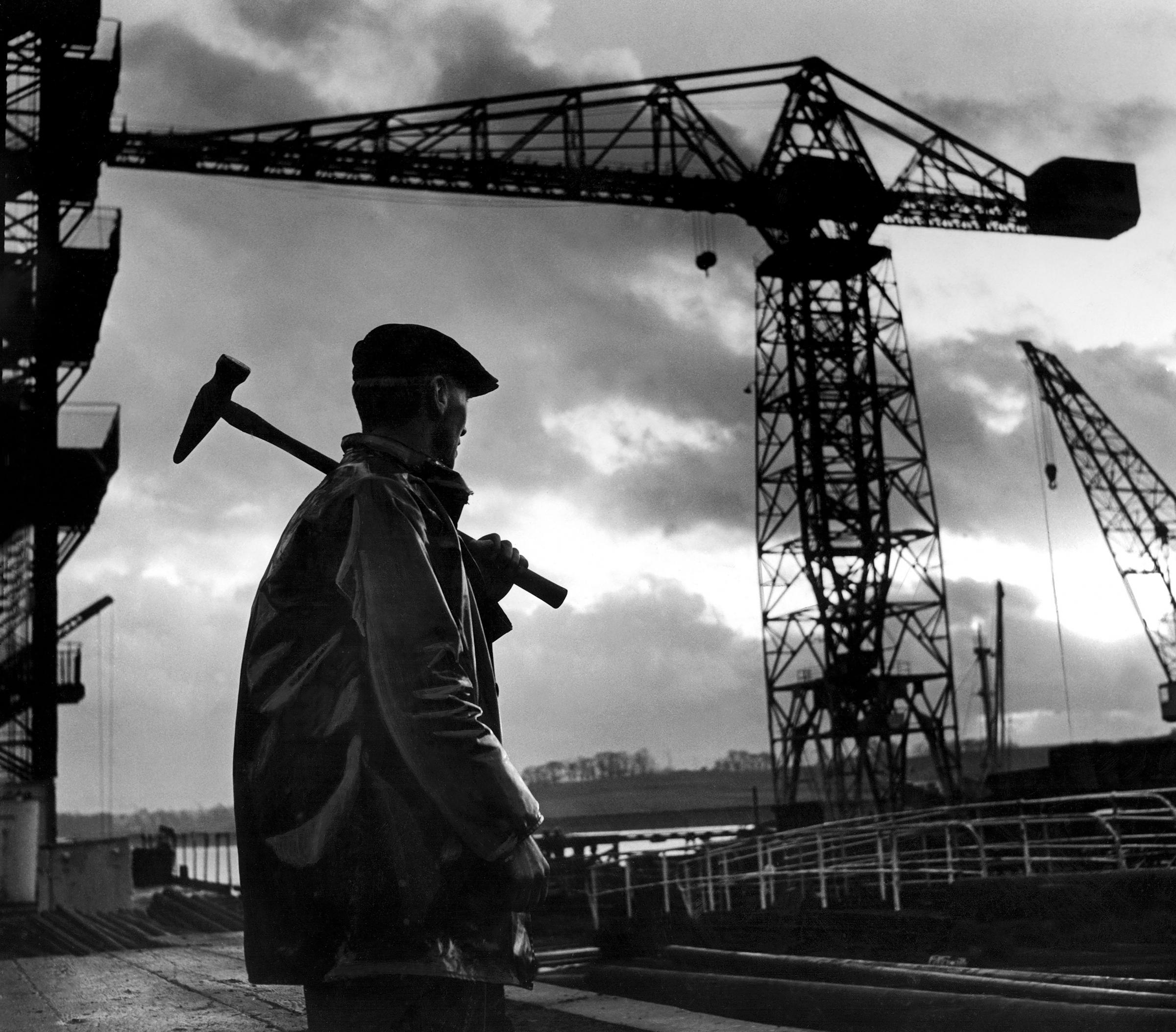 Glasgow memories : From the old shipyards to the factory floor