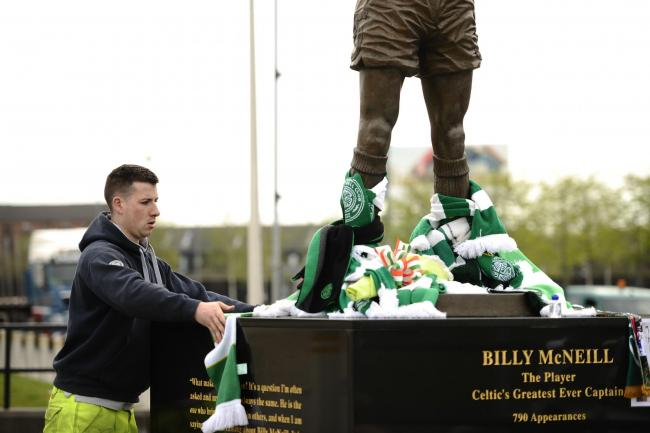 Celtic supporters pay tributes to the statue of Celtic legend and Lisbon Lions captain Billy McNeil  Picture: Jamie Simpson